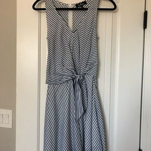 Lulus blue and white stripped dress sz xs